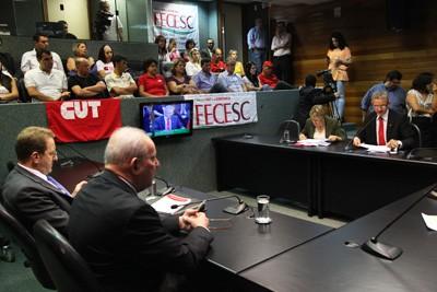 Deputados adiam decisão sobre a proibição do amianto em Santa Catarina